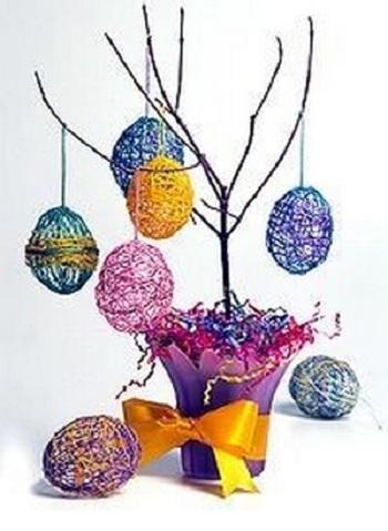 thread egg basket