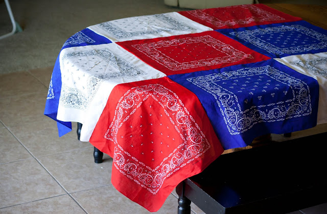 Easy Diy Patriotic Bandana Tablecloth